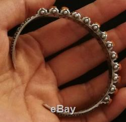Antique Bracelet In Sterling Silver Engraved Inside And Outside With Coral