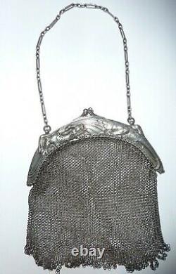 Old Handbag In Massive Silver Mesh Aumoniere Xix° Dragon Silver