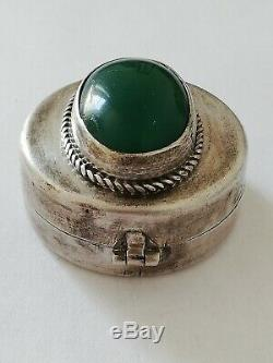 Old Silver Pill Box And Green Agate Cabochon Identif