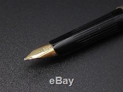 Old Vintage St Dupont Pen In Sterling Silver 18k Gold Plume In Its Case