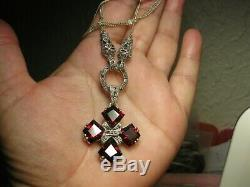 Pendant Necklace And Veterans In Sterling Silver And Garnet