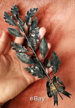The Palm With 19th Old Oak Leaves In Sterling Silver