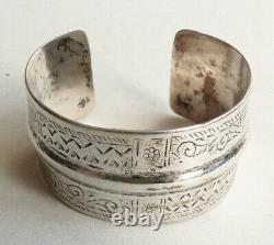 Ancien bracelet ethnique argent massif silver