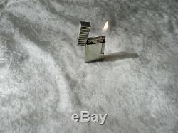 Ancien briquet à gaz en plaqué argent massif DUPONT Paris + boite / fonctionne