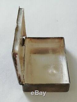 Ancienne boîte à pilules en argent massif émaillé