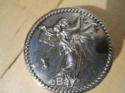 Ancienne boite écrin coffret pilulier en argent massif XIXe décor femme Ange