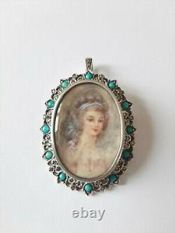 Ancienne broche ou pendentif en argent massif, peinture jeune femme