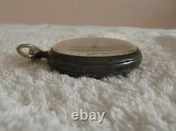 Ancienne montre de gousset Omega boitier argent massif poinçon cygne fonctionne
