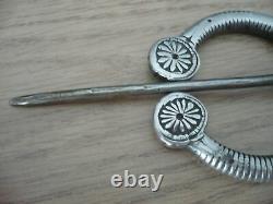 Grande fibule ancienne 19ème argent massif 117,6 grs 17 cm de long