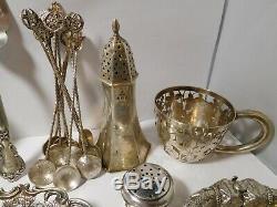 Gros lot d'objets anciens en argent massif à voir
