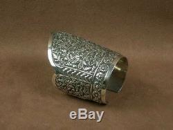 Important Bracelet Manchette Ancien En Argent Massif Chine Indochine
