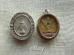 MEDAILLON RELIQUAIRE ANCIEN en ARGENT MASSIF RELIQUE Saint VINCENT de PAUL-19ème