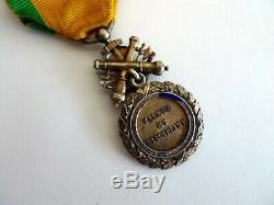 Medaille militaire ancienne biface argent massif