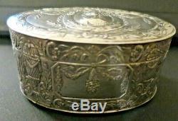 Superbe Boîte Ovale Ancienne en argent ciselé Poinçons Fin XIXème siècle