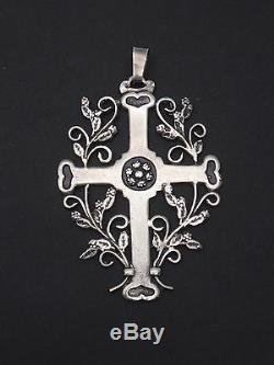 Superbe ancienne croix Jeannette ajourée en argent massif